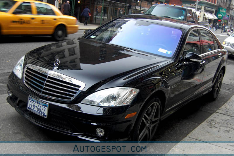 Mercedes benz s 63 amg w221 30 may 2008 autogespot for Mercedes benz w221 price