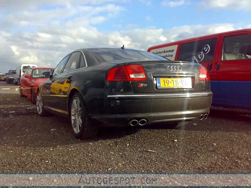 Audi S8 D3 - 2 april 2008 - Autogespot